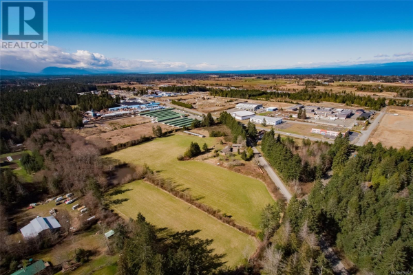 1220 Smithers Rd, Parksville