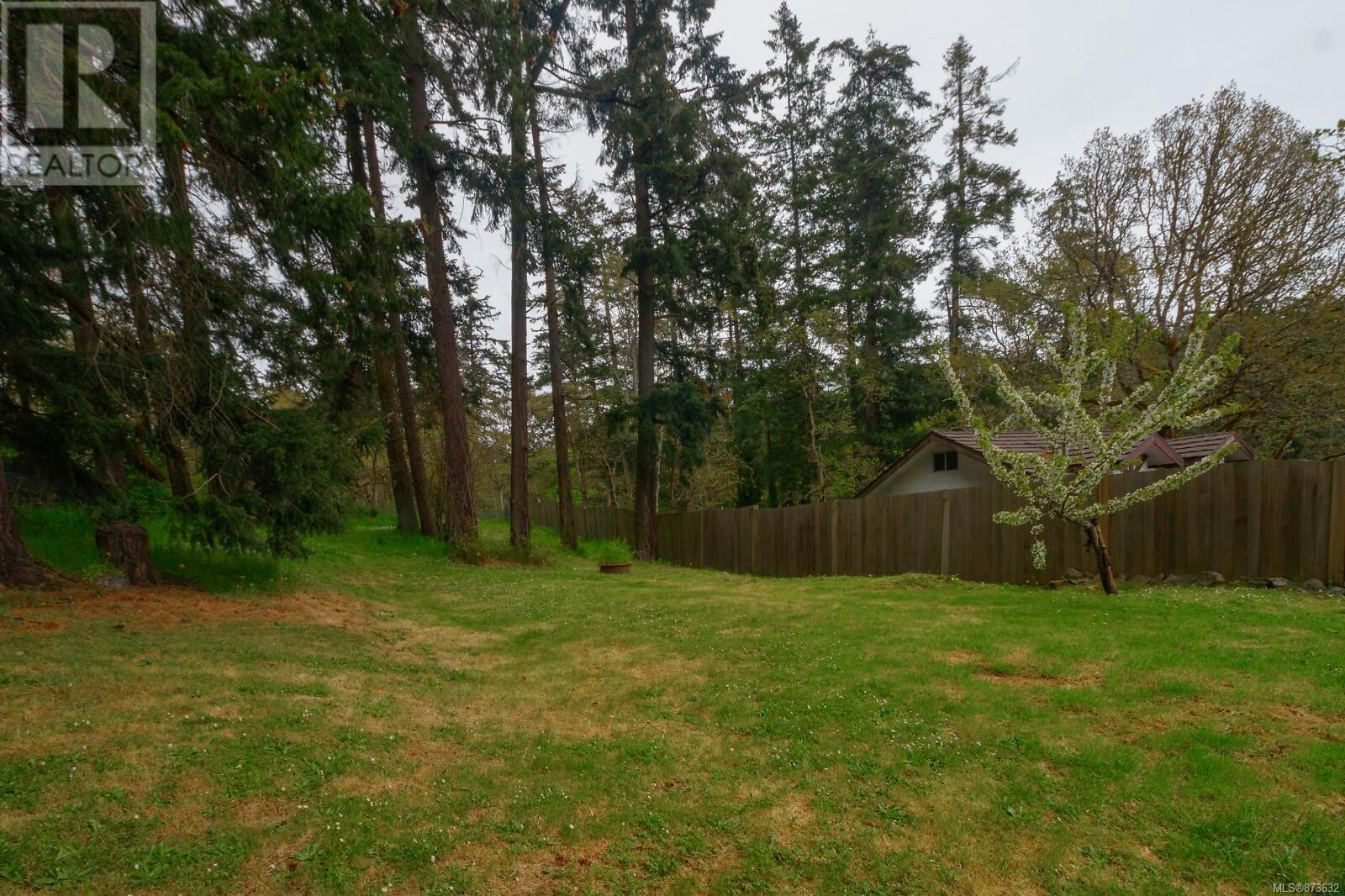 Listing 873632 - Thumbmnail Photo # 26