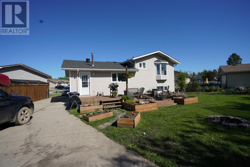 Listing A1008413 - Thumbmnail Photo # 29