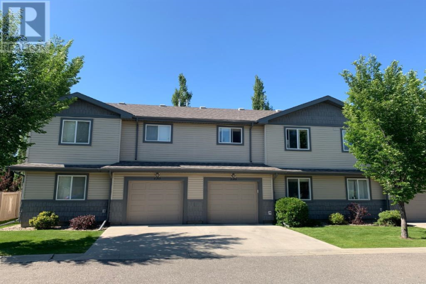 3, 113 Silkstone Road W, Lethbridge