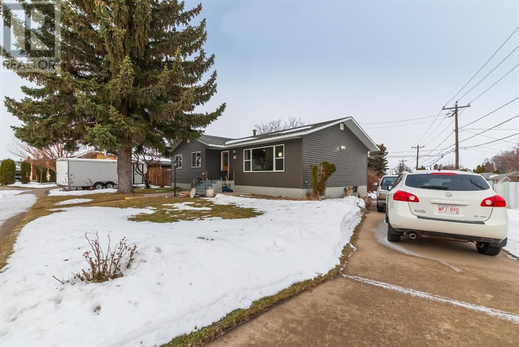 Listing A1051806 - Large Photo # 3