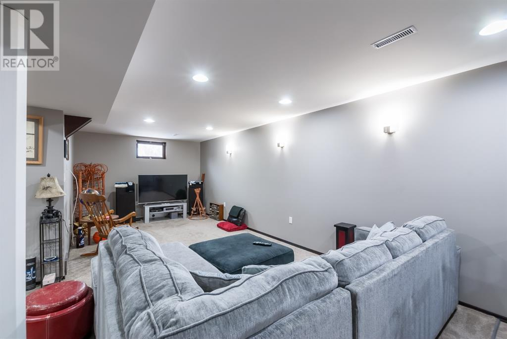 Listing A1051806 - Large Photo # 32