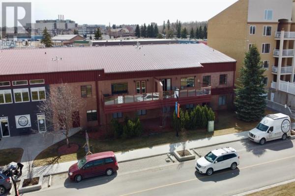 101, 5589 47 Street, Red Deer