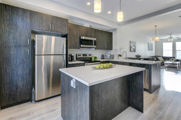 214 South Point Park SW, Airdrie