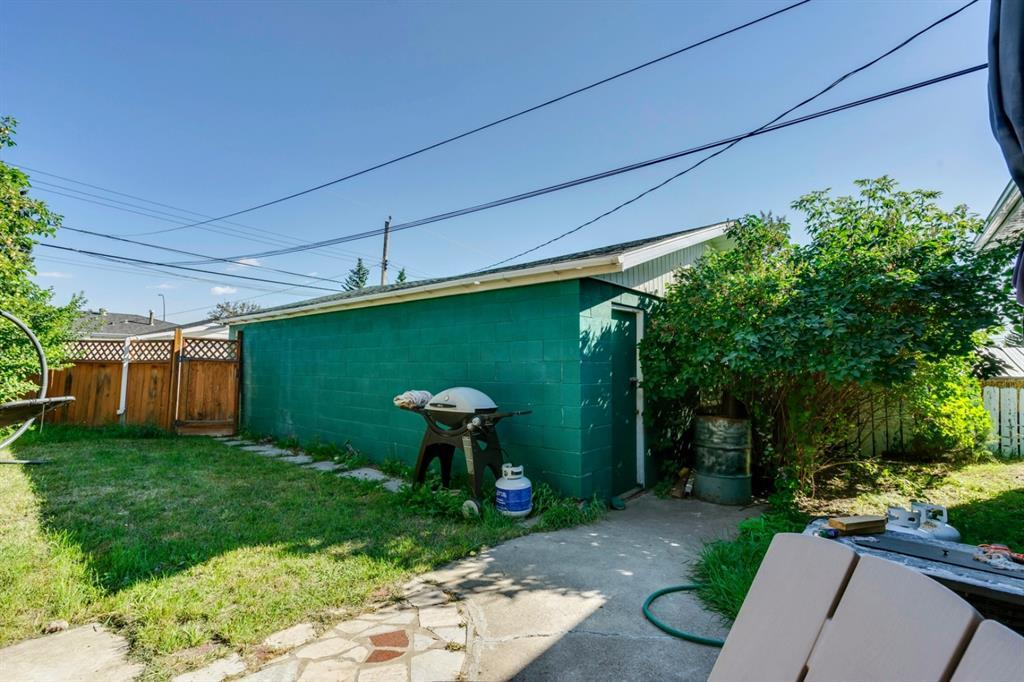 Listing A1066075 - Large Photo # 24
