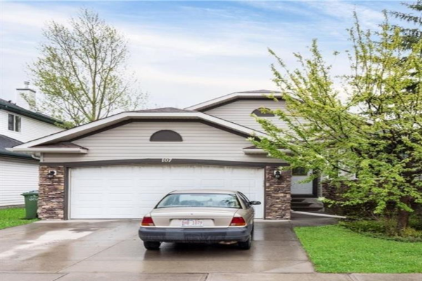 107 West Lakeview Passage, Chestermere