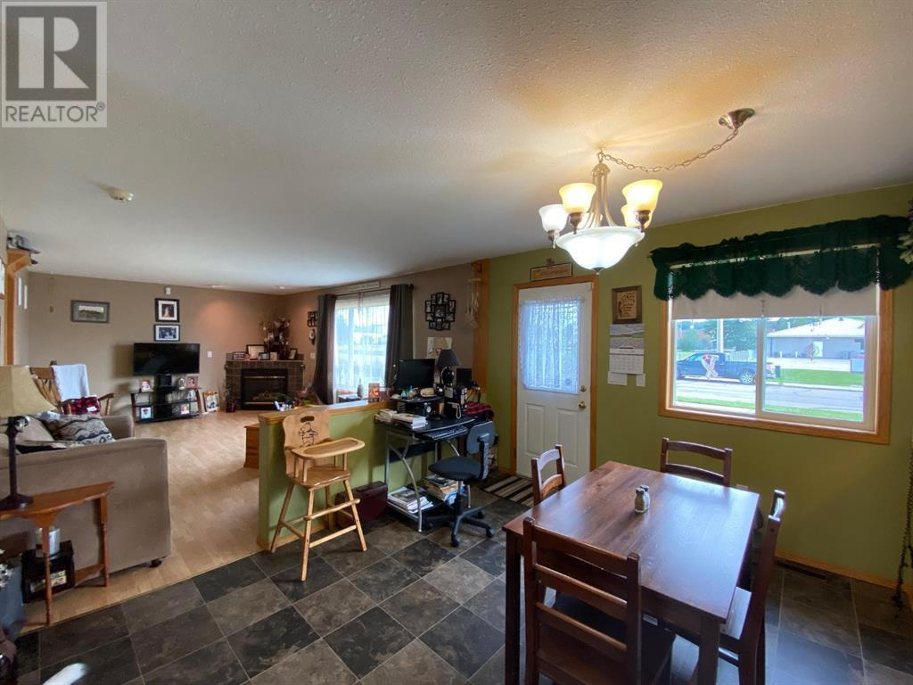 Listing A1077206 - Large Photo # 7
