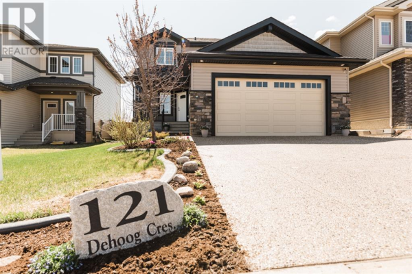 121 Dehoog Crescent, Fort McMurray
