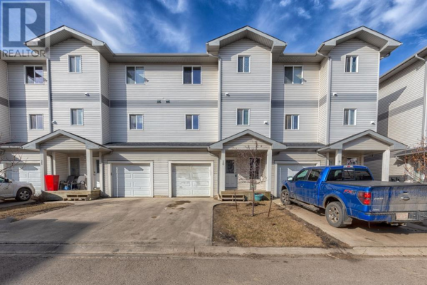 10, 313 Millennium Drive, Fort McMurray
