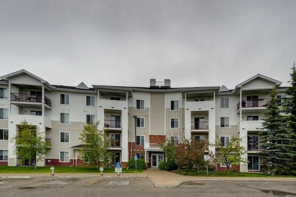 304, 9 Country Village Bay NE, Calgary