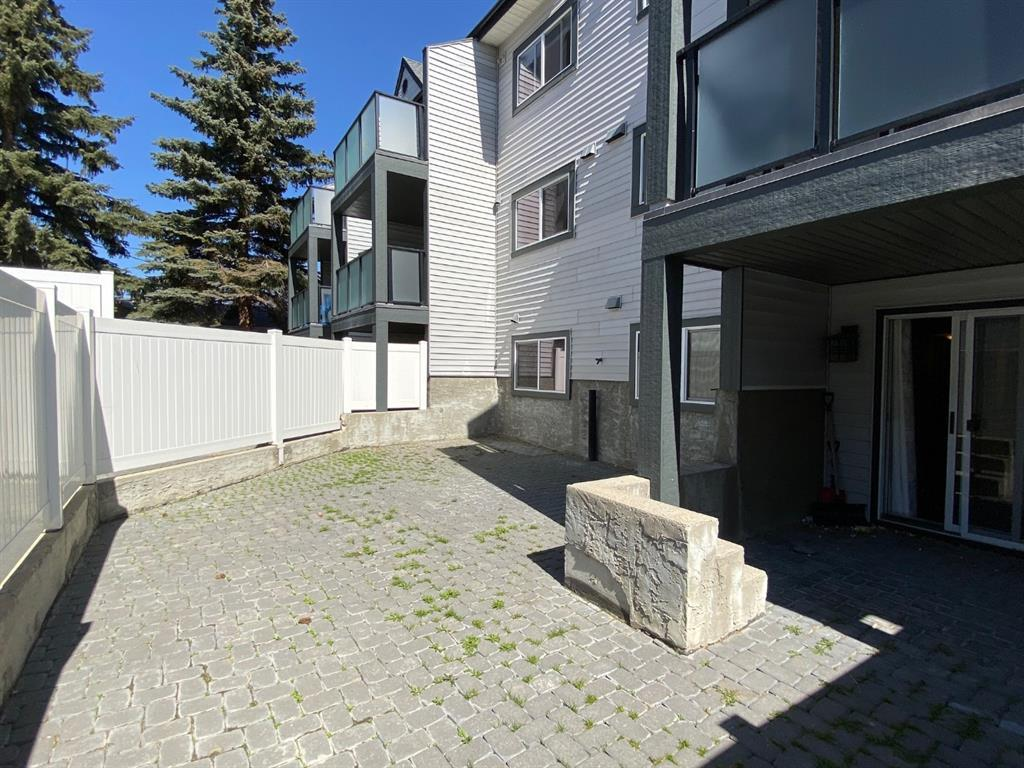Listing A1118091 - Large Photo # 2