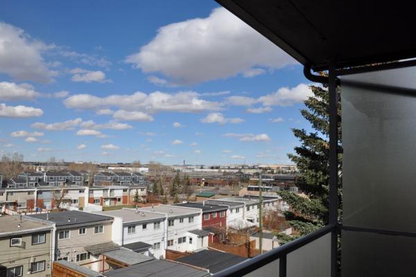 408, 335 Garry Crescent NE, Calgary