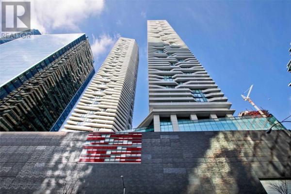 #2005 -100 HARBOUR ST, Toronto
