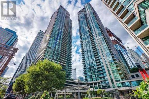 #1601 -18 HARBOUR ST, Toronto