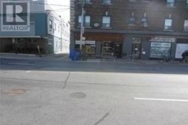 761 DUNDAS ST W, Toronto