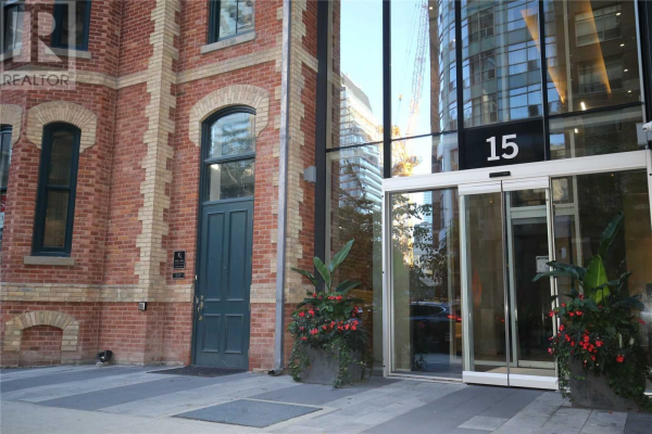#2011 -15 GRENVILLE ST, Toronto