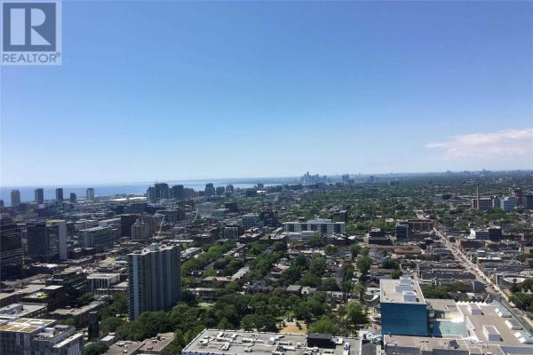 #PH101 -426 UNIVERSITY AVE, Toronto