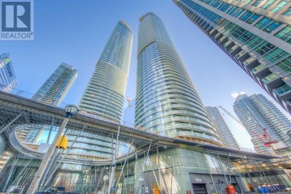 #6105 -14 YORK ST, Toronto