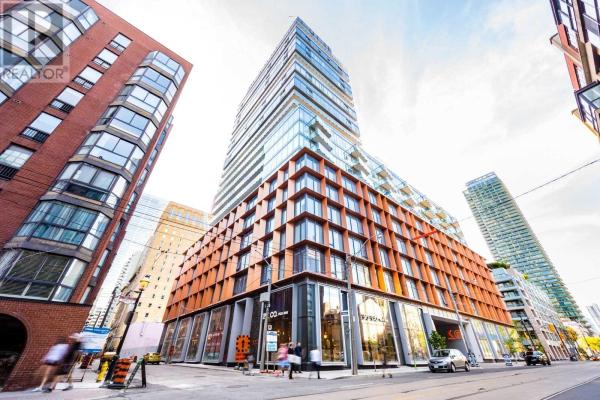 60 COLBORNE ST, Toronto