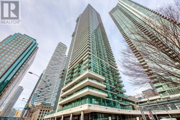 #2704 -33 BAY ST, Toronto