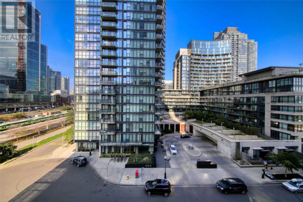 #751 -10 CAPREOL CRT, Toronto