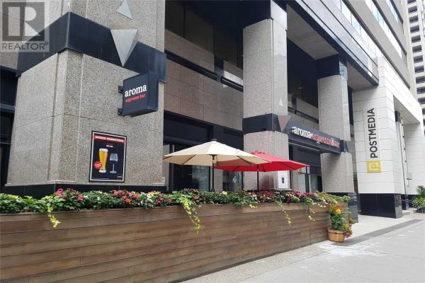 365 BLOOR ST E, Toronto