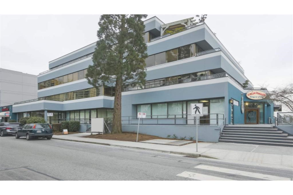140 233 W 1ST STREET, North Vancouver