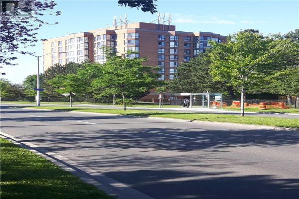 #206 -8 SILVERBELL GRVE, Toronto