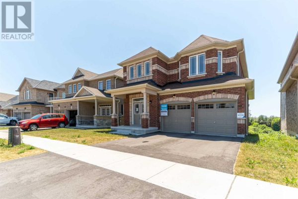 51 ROMA DR, Whitby