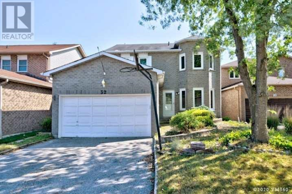 32 WOOD DR, Whitby