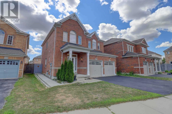 5 HESLOP ST E, Ajax