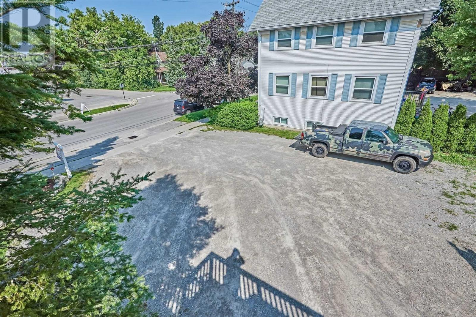 Listing E5062487 - Thumbmnail Photo # 37