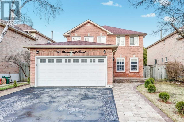 92 RAVENSCROFT RD E, Ajax