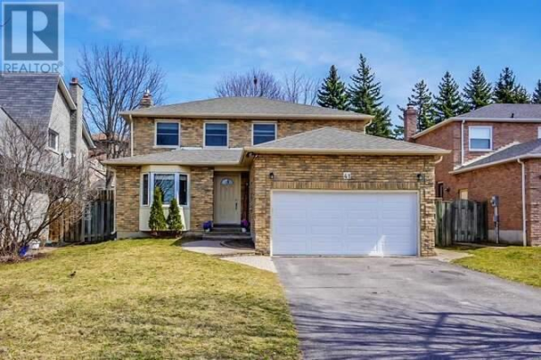 41 HAWLEY CRES, Whitby