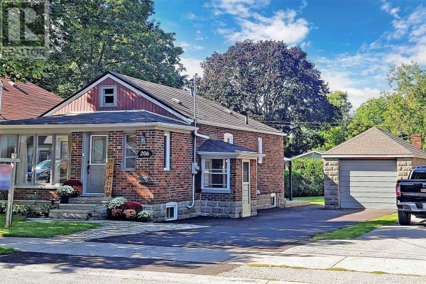 206 EUCLID ST, Whitby