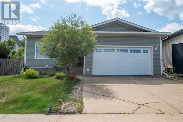 273 BEATON Place, Fort McMurray