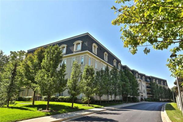 208 443 Centennial Forest Drive, Milton