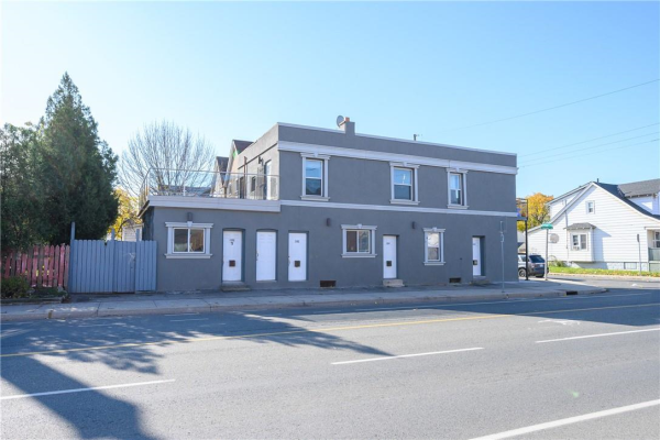 1186 CANNON Street E, Hamilton
