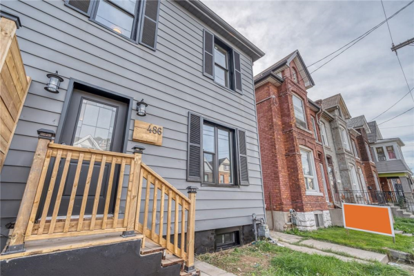 486 CANNON Street E, Hamilton
