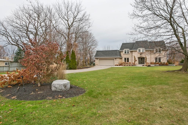 26 Woodmount Drive, St. Catharines
