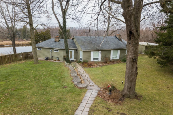 8 RENWOOD Place, Waterdown