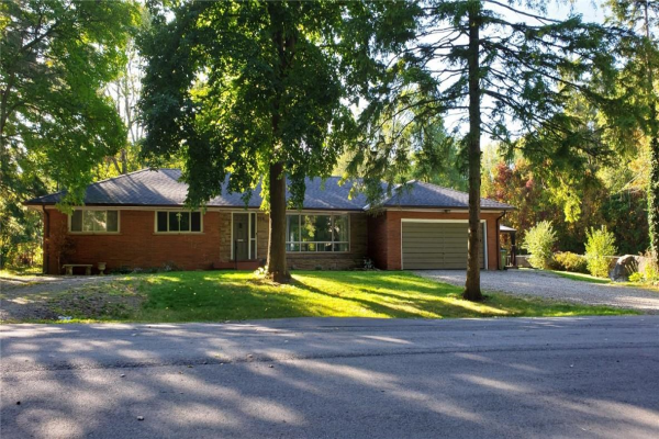114 REDING Road, Ancaster