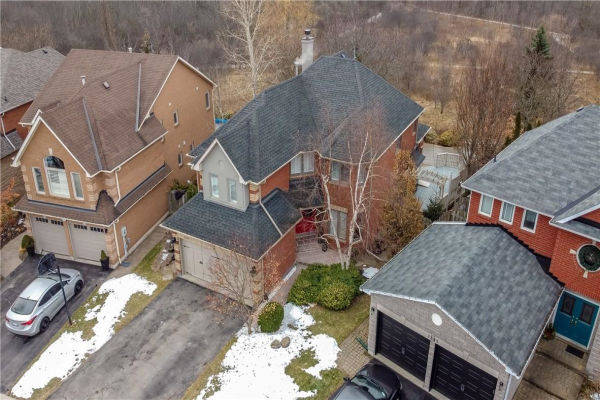 2244 BRAYS Lane, Oakville