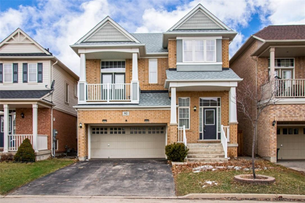 92 MONTREAL Circle, Stoney Creek
