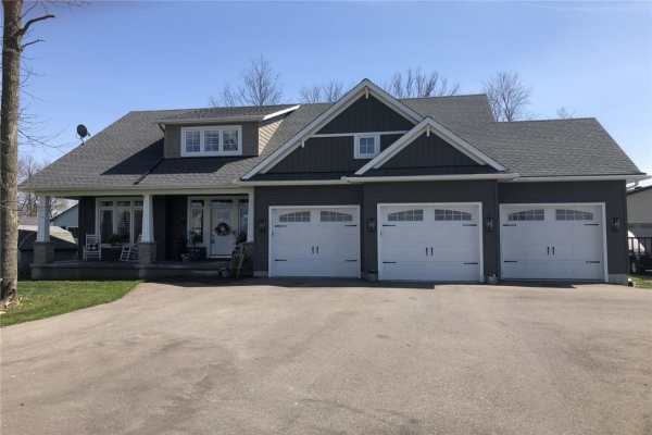 3176 LAKESHORE Road, Dunnville