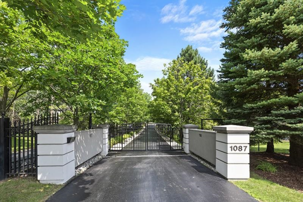 1087 OLD MOHAWK Road, Ancaster