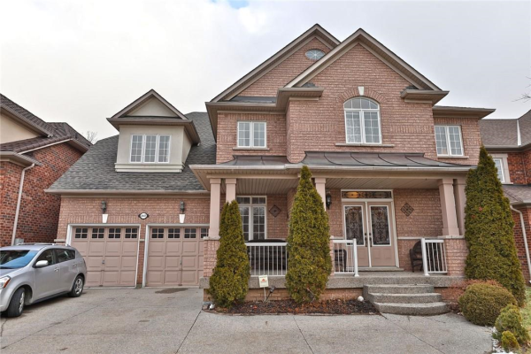 2447 Whitehorn Drive, Burlington