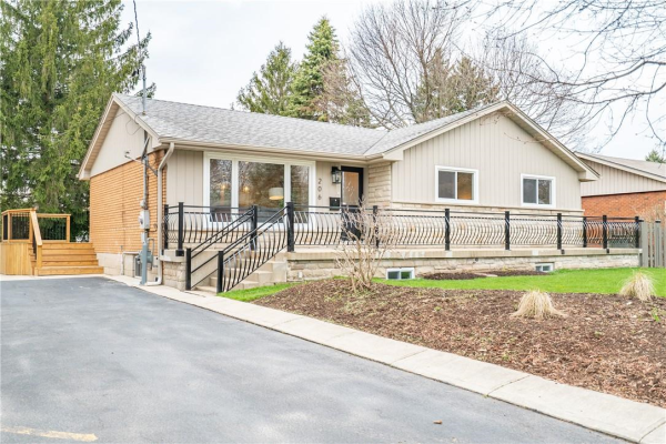 206 Seminole Road, Ancaster