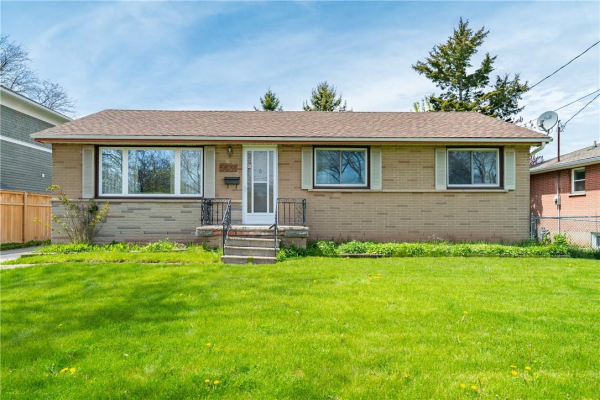 5431 Croydon Road, Burlington