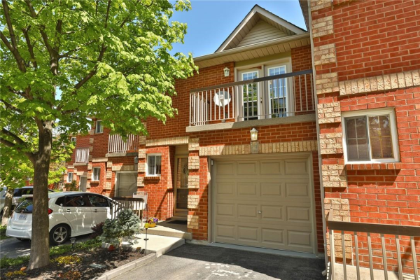 59 34 DYNASTY Avenue, Stoney Creek